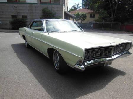 1968 Ford LTD hardtop right front