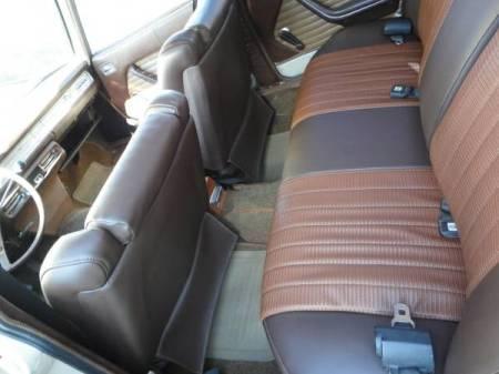 1970 Peugeot 504 interior rear