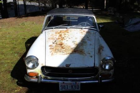 1972 MG Midget $500 nose