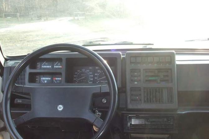No Golf – 1983 Lancia Delta 1500 | Rusty But Trusty