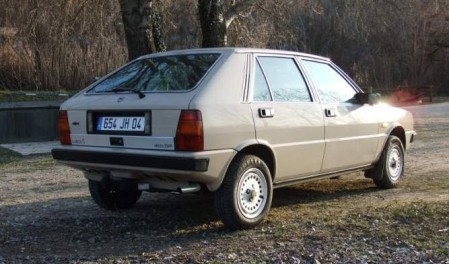 1983 Lancia Delta 1500 right rear