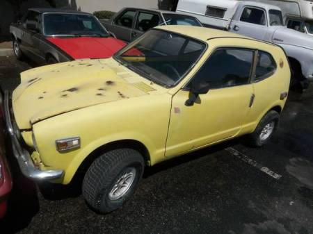 1972 Honda AZ600 left front