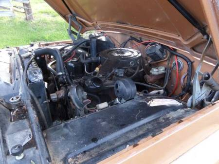 1973 Jeep J2000 engine