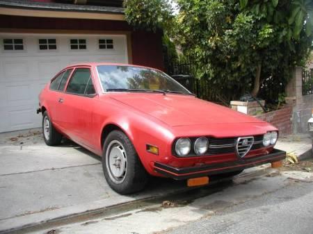 1977 Alfa Romeo Alfetta GT right front