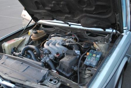 1983 BMW 525e engine