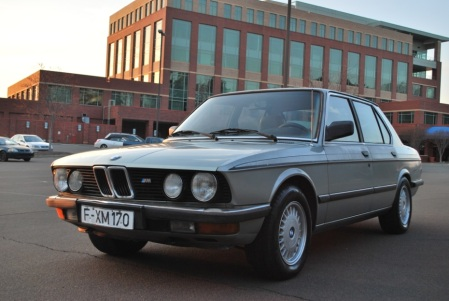 1983 BMW 525e left front