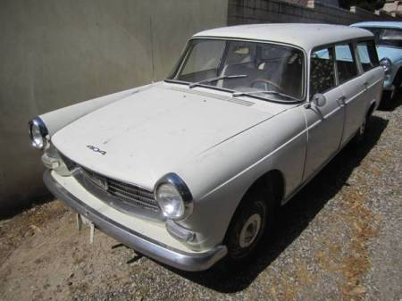 1964 Peugeot 404 Break left front