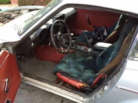1972 Datsun 240Z interior