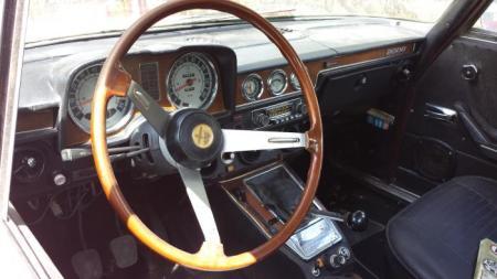 1974 Alfa Romeo Berlina interior