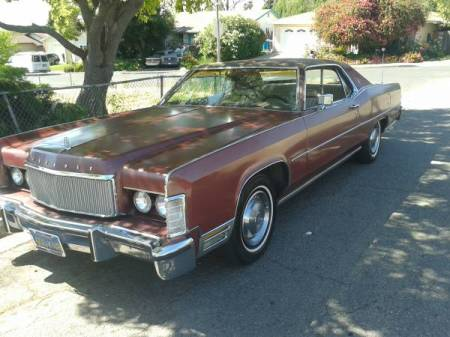 1974 Lincoln Continental Town Coupe left front