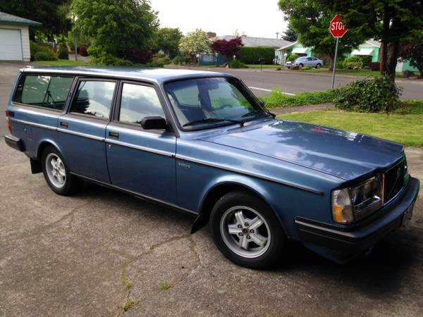 swedish monday 1983 volvo 240 turbo rusty but trusty. Black Bedroom Furniture Sets. Home Design Ideas