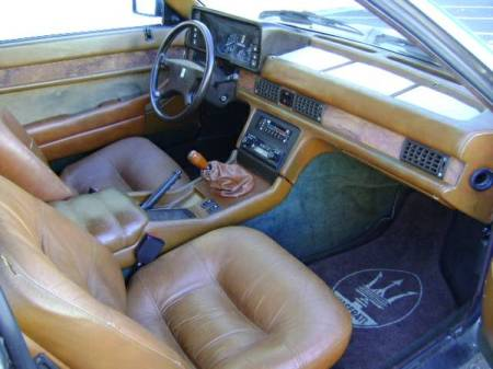 1984 Maserati Biturbo interior