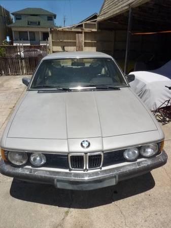 1985 BMW 745i front