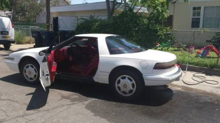 1991 Buick Reatta left rear