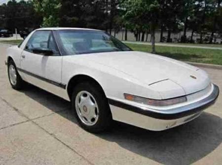 1991 Buick Reatta right front