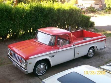 1966 Dodge D100 left front