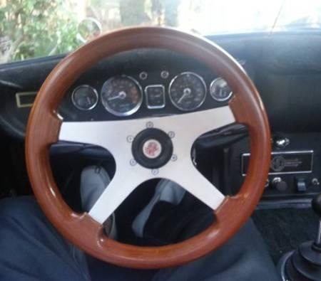 1970 MGB Special dashboard