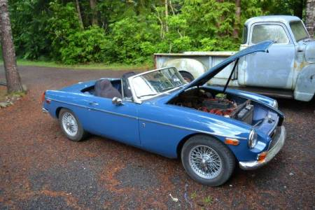 1972 MGB right front