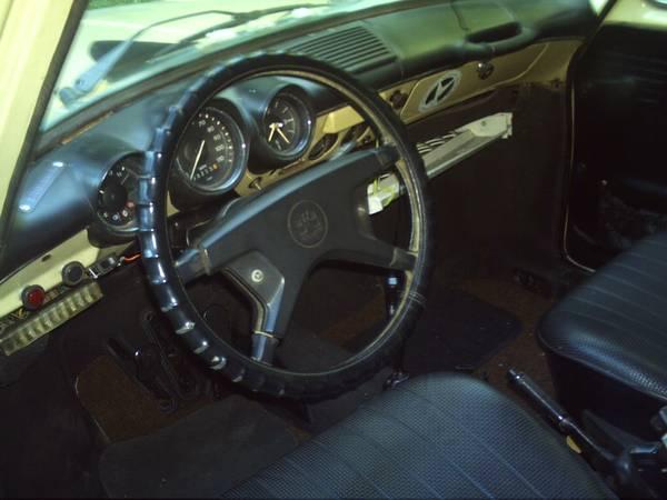 1973 VW Type 3 Squareback interior