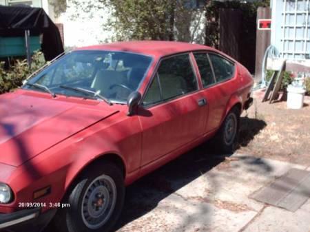 1976 Alfa Romeo Alfetta GT red left front