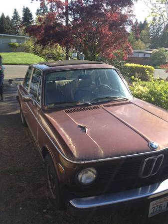 1976 BMW 2002 right side