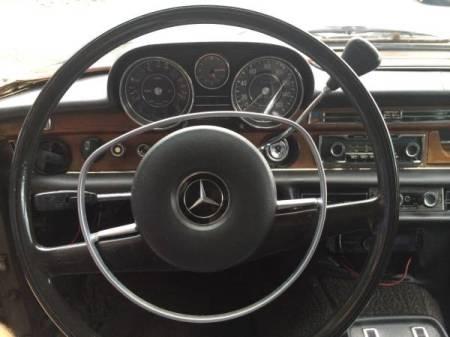 1972 Mercedes 280SE 4.5 dash
