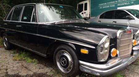 1972 Mercedes 280SE 4.5 right front