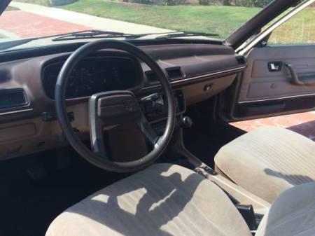 1981 Peugeot 505 Turbodiesel interior