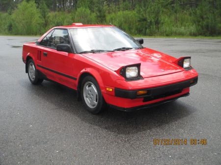 1985 Toyota MR2 right front