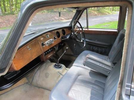 1964 Austin Princess Vanden Plas interior