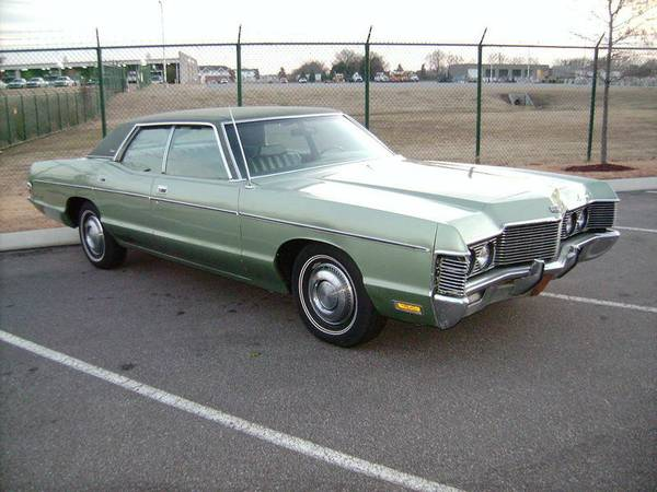 Remembering Phantom Theater Kings Island together with 10 Safety Systems In Cars further How Traffic Lights Work Change Operate besides File b05 anti Lock brake system malfunction additionally Big As Whales 1972 Mercury Monterey And 1973 Buick Electra Coupe. on car warning light