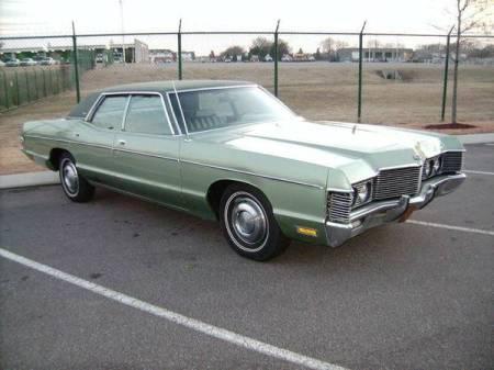 1972 Mercury Monterey right front