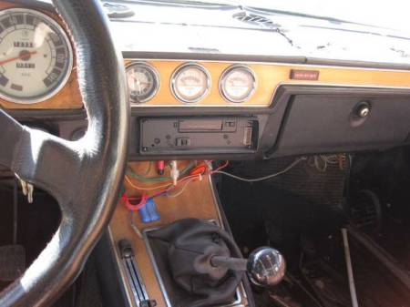 1973 Alfa Romeo Berlina interior dash