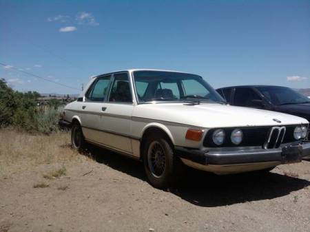 1977 BMW 530i right front 3