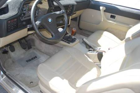 1984 BMW 633CSi interior