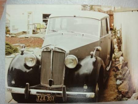 1951 Triumph Renown left front