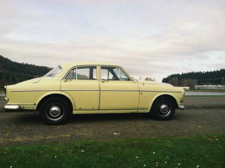1967 Volvo 122S right side