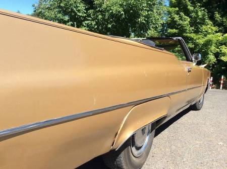 1969 Cadillac De Ville convertible right rear