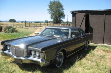 1969 Lincoln Continental Mark III left front