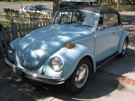 1972 VW Beetle convertible left front