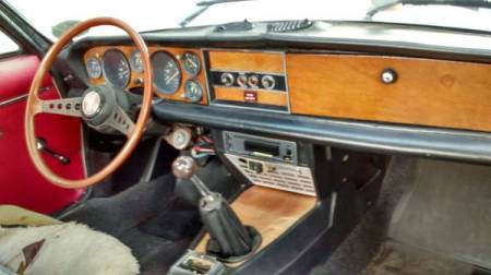 1973 Fiat Spider interior
