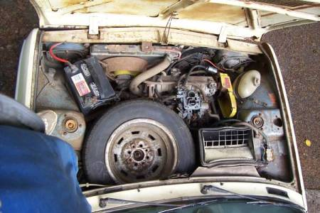 1976 Fiat 128 pickup engine