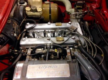 1977 Alfa Romeo Alfetta GT engine