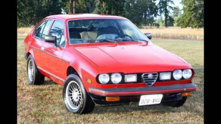 1977 Alfa Romeo Alfetta GT right front