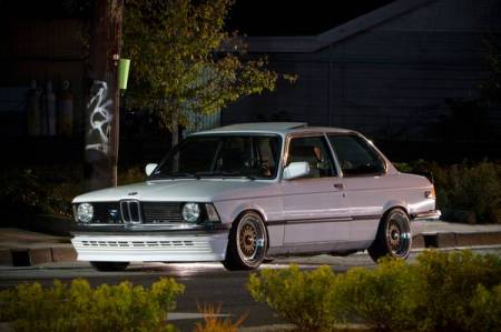 1983 BMW 320is left front