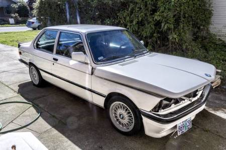 1983 BMW 320is right front