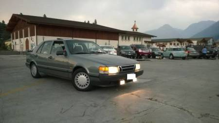 1989 Saab 9000 turbo right front