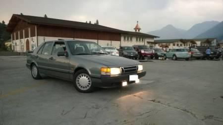 1989 Saab 9000 turbo right front