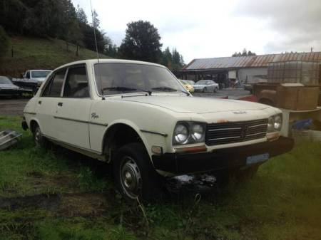 1980 Peugeot 504 diesel wagon 2 sedan parts car