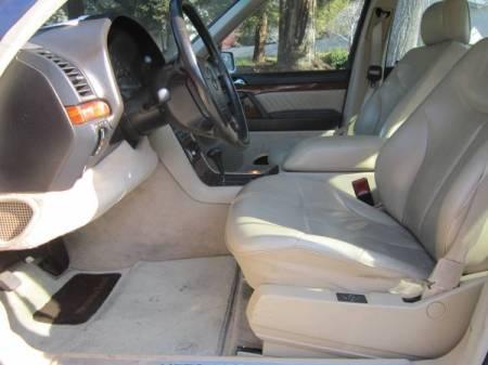 1992 Mercedes S320 interior